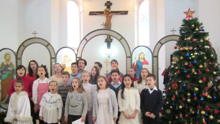 Aunțarea Nașterii Domnului în Parohia Sfânta Rita din Râmnicu Vâlcea 2014