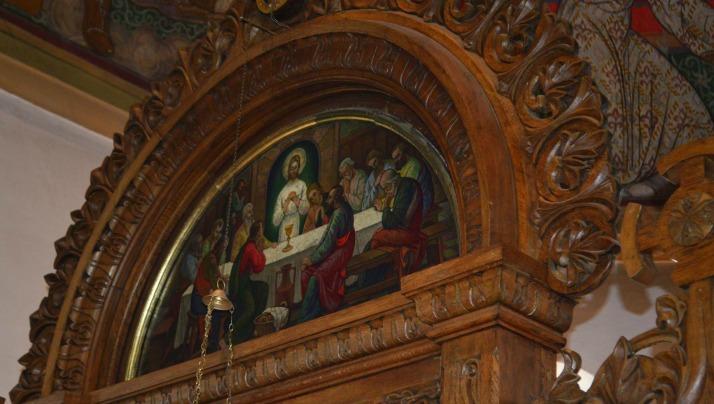 Momente de la Sfânta Liturghie din Joia Mare
