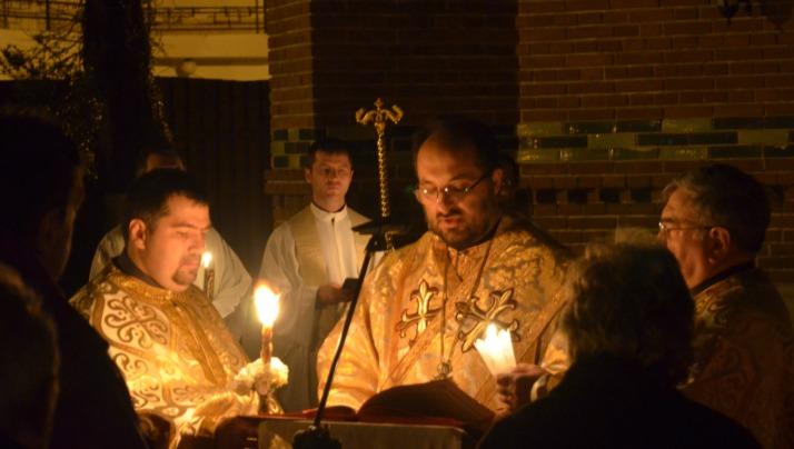 """Momente de la Canonul Învierii de la Catedrala """"Sfântul Vasile cel Mare"""""""