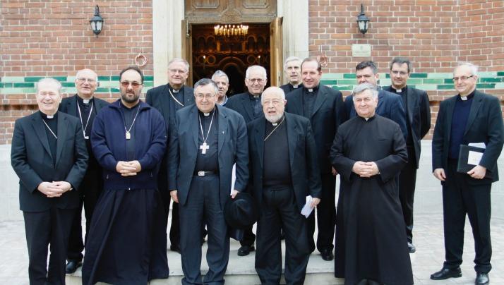 """Episcopi catolici din sud-estul Europei la Catedrala """"Sfântul Vasile cel Mare"""""""
