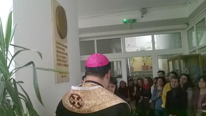 """Dezvelirea plachetei patronului la Liceul Greco-Catolic """"Timotei Cipariu"""" din București"""