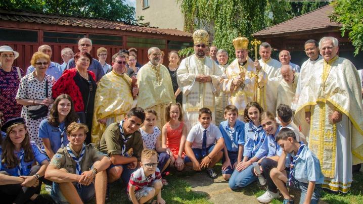 """IPS Cyril Vasil' la sărbătoarea hramului Bisericii """"Adormirea Maicii Domnului"""" din București"""