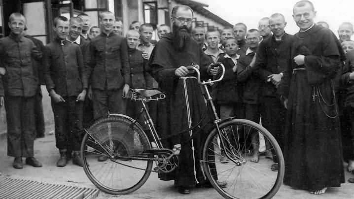 Sfântul Maximilian Kolbe, patronul acestor timpuri dificile