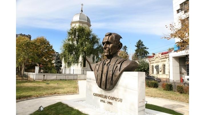 Ceremonia de sfințire și inaugurarea monumentului dedicat lui Corneliu Coposu