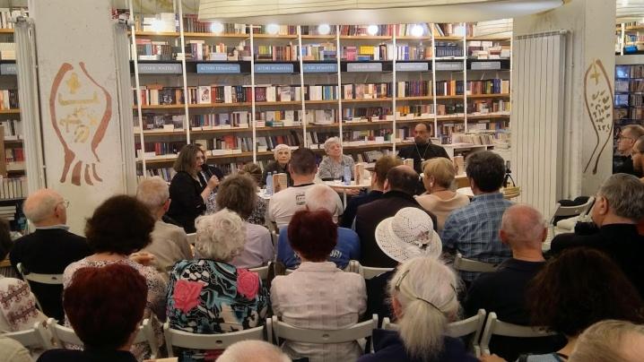 """Martori ai fericirii"". Lansarea de la Libraria Humanitas de la Cișmigiu"
