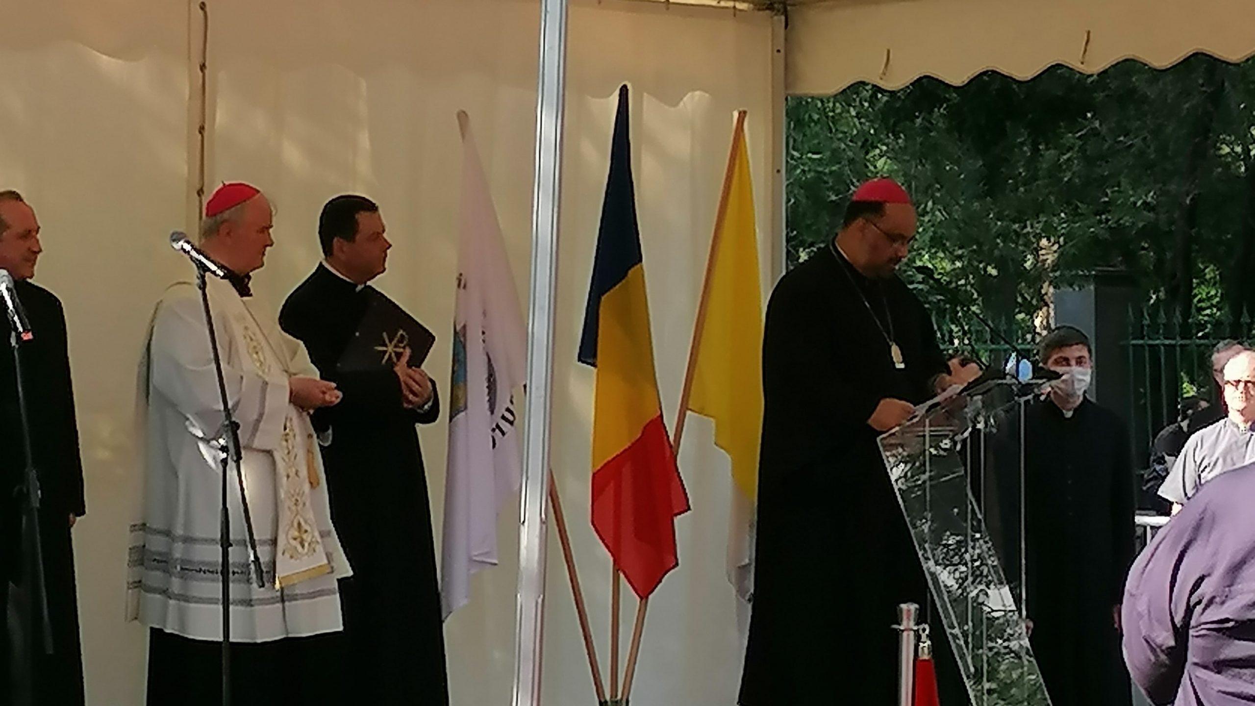 Ceremonia de dezvelire a bustului Papei Francisc din centrul Bucureștiului